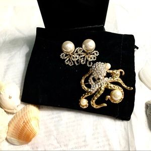Brooch and Earring  Set